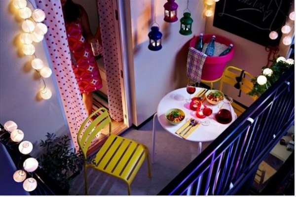 Decorate the balcony of your apartment